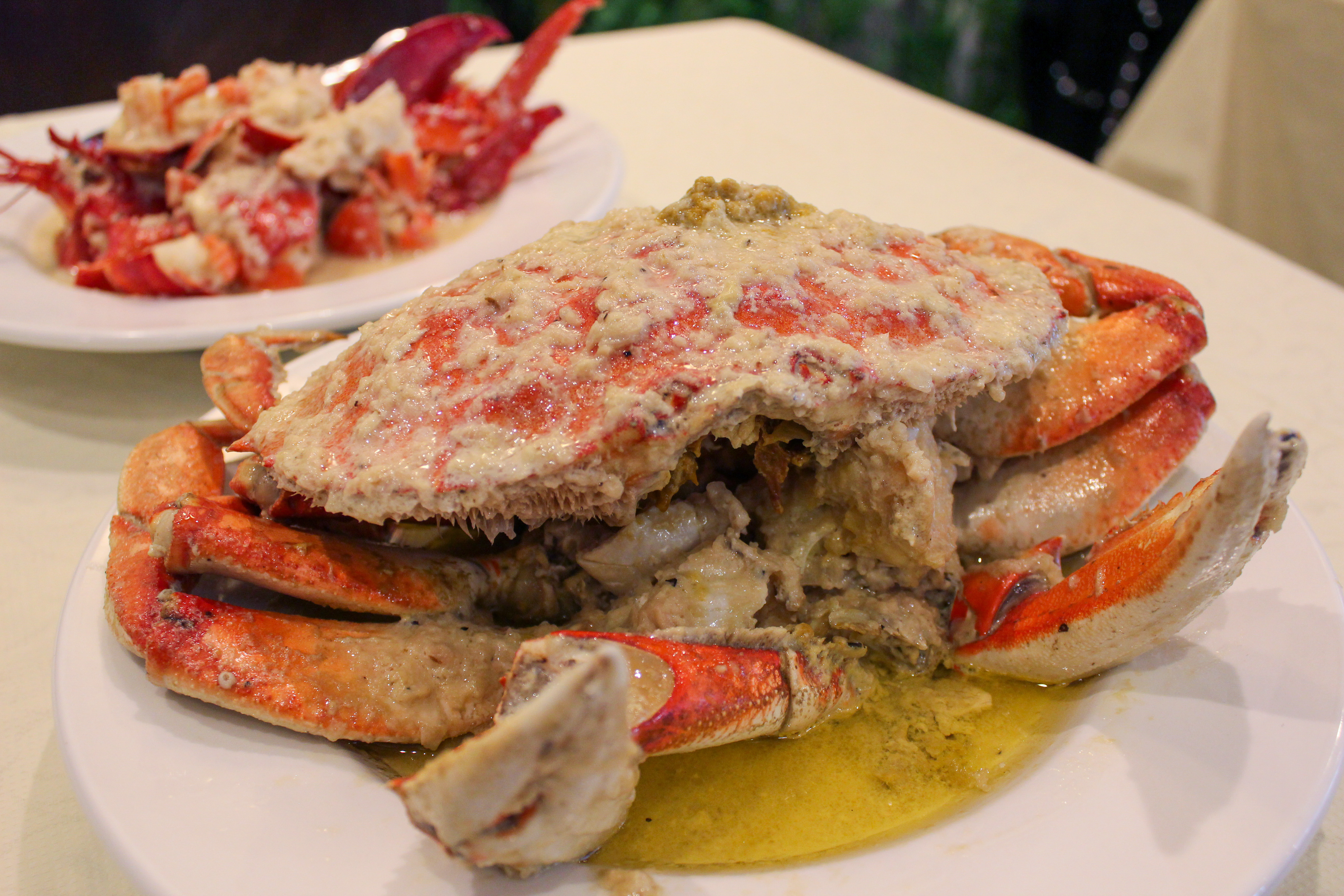 roasted crab and butter garlic lobster