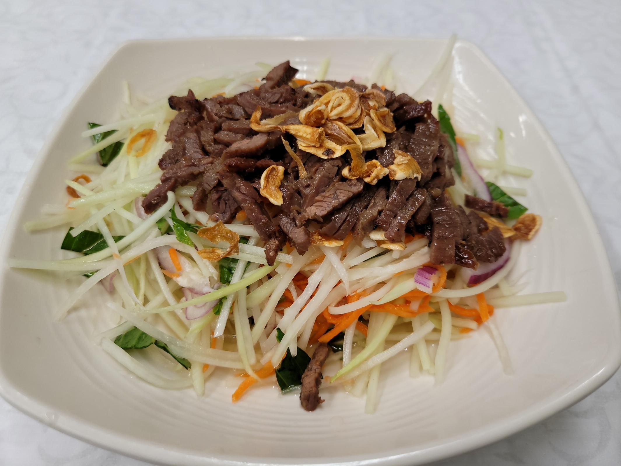 Charbroiled Beef Papaya Salad